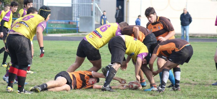 2014-11-30-rugby-madrid-tritones-getafe-portada